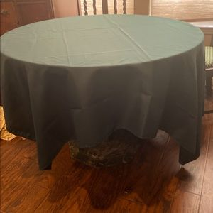 "Other - HUNTER GREEN TABLECLOTH 70"" x 70"""